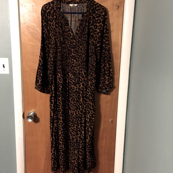 NWOT Terra&Sky leopard maxi dress